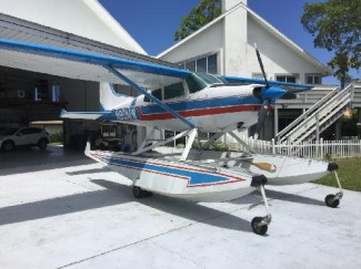 CESSNA/A185F AMPHIBIAN - Click to View Pictures